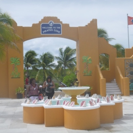 Carnival Conquest - Entrance - Half Moon Cay